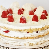 PASTRY SHOP CAKES