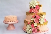 River Rose Golden Cake and Smash